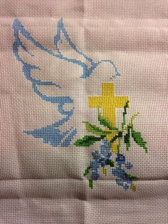 Cross stitch first communion Cross Stitch Designs, Cross Stitch Patterns, Cross Stitch Embroidery, Hand Embroidery, Butterfly Cross Stitch, Cross Stitch Collection, Bible Covers, Jesus On The Cross, Card Patterns