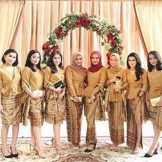 20 Ideas dress brokat coklat for 2019 Kebaya Kutu Baru Modern, Kebaya Modern Hijab, Model Kebaya Modern, Kebaya Hijab, Batik Kebaya, Kebaya Dress, Kebaya Muslim, Batik Dress, Model Rok Kebaya