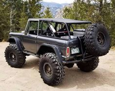 My Jeep Addiction: Photo Old Bronco, Bronco Truck, Early Bronco, Jeep Truck, Lifted Trucks, Cool Trucks, Pickup Trucks, Cool Cars, Chevy Trucks