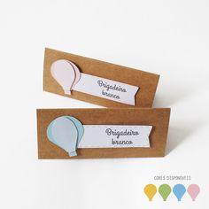 Placas para indicar sabores de doces e salgados.  Design rústico e clean.  Em papel kraft e papel texturizado. Apliques em auto relevo.