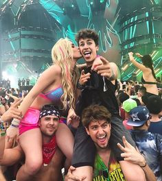 "1.2 millones Me gusta, 3,933 comentarios - Lele Pons (@lelepons) en Instagram: ""ULTRA MUSIC FESTIVAL (tag a party animal)"""