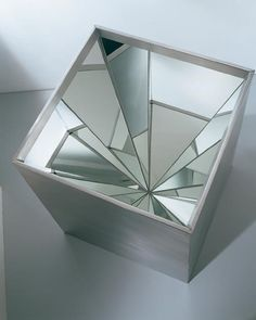 "Robert Smithson, ""Four-Sided Vortex"""