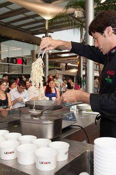 Taller gastronómico impartido por nuestro chef ejecutivo en el Centro Comercial @L a Maquinista - (08/08/2013) #Noodles #Taller