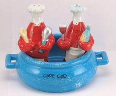 Lobster Pot Salt & Pepper Shaker Set