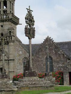Chapelle Sainte-Marie-du-Ménez-Hom. A deux pas de la meilleure crêperie du monde :-)