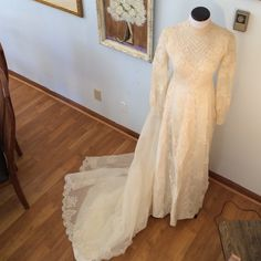"""Wedding Dress - Bianchi 2nd listing NFS with measurements, neck 14 inches around, waste 29 inches side to side at empire waist, bust 16.5inches pit to pit, 56.5"""" inches shoulder to floor in front, train is 68 """" from empire waist, sleeve is 24 inches shoulder to wrist, wrist is 7 """" around at smallest portion of wrist see head piece Third listing Bianchi of New York and Boston  Other"""