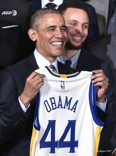 4feb2016---the 2015 NBA golden state warriors visit the white house