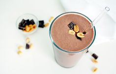 Chocolate Peanut Butter Protein Shake: rich, creamy and packs half of your daily protein requirement!
