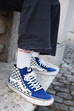 #supreme #supremenewyork #vans #supremevans #collab #sneakers #sk8hi #vanssk8hi
