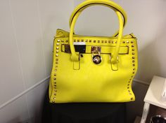 Awesome yellow purse!!