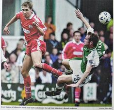 Hibernian 1 Aberdeen 0 in April 2000 at Easter Road. Russell Anderson and Grant Brebner go for the ball in the SPL. Aberdeen, 2000s, Easter, Football, Baseball Cards, Legends, Action, Soccer, Futbol
