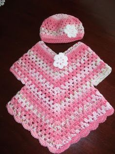 I loved making this poncho sweater with it's little hat, it's a bit different to a typical poncho and was so quick to make.Linda's Crafty Corner: Five on Friday Crochet Baby Poncho, Crochet Baby Dress Pattern, Crochet Toddler, Crochet Poncho Patterns, Crochet Baby Clothes, Crochet Girls, Baby Knitting, Knitting Patterns, Poncho Pullover