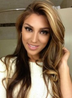 My next hair color! I love it!!!!! Gonna try something different for a change :) Ash Blond Hair w/ Blonde Highlights or maybe Lowlights...hmm