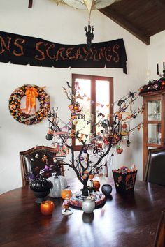 John's Halloween House | Apartment Therapy