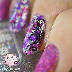 Sparkly chevrons & floral nail art #glitter #pink #hotpink #nailart - bellashoot.com & bellashoot iPhone & iPad app
