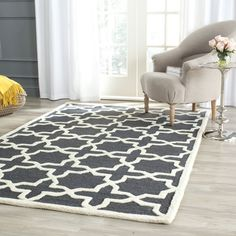 Safavieh's Cambridge collection is inspired by timeless contemporary designs crafted with the softest wool available.