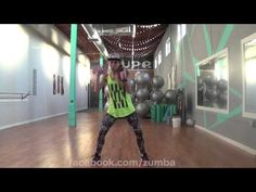 """Licensed Fitness Instructor and certified personal trainer Sarah Placencia choreographs a dance toning routine to the song """"Pam Pam. Zumba Videos, Workout Videos, Workouts, Zumba Toning, Cardio, Zumba Routines, Pam Pam, Las Ve, Certified Personal Trainer"""