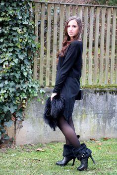 X-Mas Outfit - a little bit classy - Highheels & Snapbacks