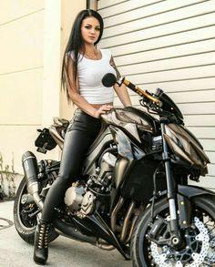 fashion, Girls, outfits, girl, Fashion Ideas For Biker Girl Lady Biker, Biker Girl, Chicks On Bikes, Motorbike Girl, Motorcycle Girls, Harley, Hot Bikes, Biker Chick, Super Bikes