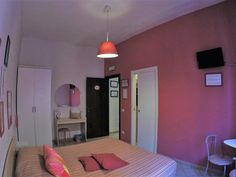 #TerminiBBRome: DaMa di Roma, is just 200 m from Manzoni Metro Station, offers airport shuttle, air-conditioned rooms, flat-screen TV, free WiFi... Airport Shuttle, Electric Screwdriver, Metro Station, Free Wifi, Rome, Flat Screen, Tv, Music, Stuff Stuff