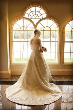 #Wedding #Portraits #Bride