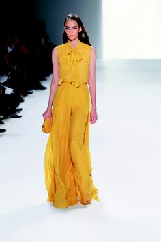 ELIE SAAB Ready-to-Wear Spring Summer 2012  not a big fan of yellow, but i can't not love this :)