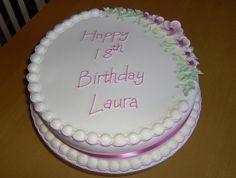 """Torta semplice con decorazione romantica - Questa torta semplice e con poche decorazioni particolari, ricorda ancora una volta che non c'è bisogno di esagerare per stupire.     Foto di <a href=""""http://www.flickr.com/photos/primacakes/"""">Sweet sensation cakes</a>"""