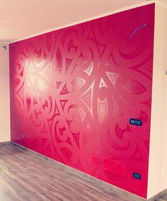 Maori pattern painted on wall with matte/gloss red contrast. Maori pattern painted on wall with matte/gloss red contrast. Wall Paint Patterns, Painting Patterns, Maori Patterns, Room Design Bedroom, Bedroom Ideas, Maori Designs, Gloss Matte, Maori Art, Paint Designs