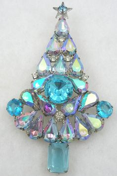 Aqua Aurora Teardrop Christmas Tree Brooch - Garden Party Collection Vintage Jewelry