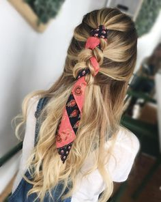 26 Prettiest Hairstyles for Long Straight Hair in 2019 - Style My Hairs Dread Hairstyles, Bandana Hairstyles, Cute Hairstyles, Straight Hairstyles, Braided Hairstyles, Braided Locs, Hairstyle Ideas, Fringe Hairstyle, Halloween Hairstyles