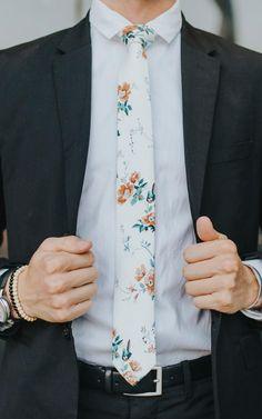Wedding Ties, Our Wedding Day, Dream Wedding, How To Tie Bandana, Groom Ties, Whimsical Wedding, Skinny Ties, Party Looks, Floral Tie