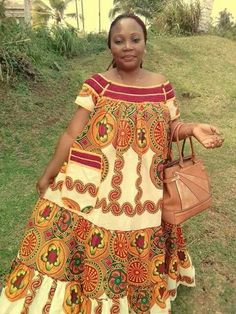 4 Factors to Consider when Shopping for African Fashion – Designer Fashion Tips African Inspired Fashion, Latest African Fashion Dresses, African Print Fashion, African Attire, African Wear, African Women, African Dresses For Kids, African Print Dresses, African Blouses