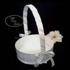 CE_82 Cestas BlancaPlateada  #bodas para arras anillos o petalos