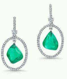 Pantone Spring 2013 - JCK Marketplace Jewels- View 10 of their most precious pieces @ www.jckonline.com. Look for   (emeraldpantone2013 springcolorreportinjewelry)