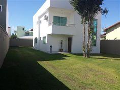 Imóvel residencial NOVO (construção finalizada em 04/2015) localizado em condomínio fechado de alto padrão, com guarita e vigilância 24 horas, à 2 kms do centro de Porto Seguro.