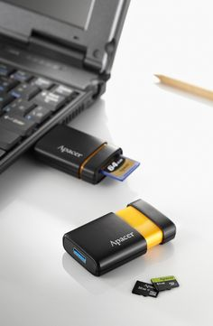Apacer AM230 USB 3.0 super-speed card reader