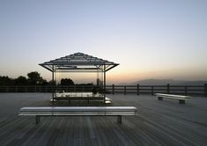 Making Time Visible: Tokujin Yoshioka's Glass Tea House in Kyoto, Japan | Yatzer