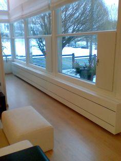 Radiator cover window bench