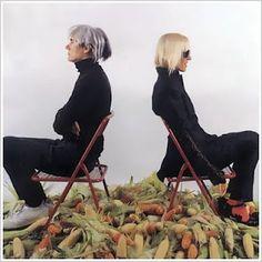 Pago de la Deuda Externa con Choclos (by Marta Minujin & Andy Warhol)