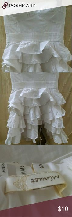 Women's Ruffle Dress size S This is a spring/summer strapless dress with layers of flirty ruffles. Minute  Dresses Mini