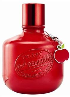 Red Delicious Charmingly Delicious by Donna Karan - best DKNY perfume ever. Such amazing combination of red apple, violet, vanilla and rose Dkny Perfume, Perfume Floral, Donna Karan, Parfum Chic, Smell Good, Shades Of Red, My Favorite Color, Deodorant, Perfume Bottles