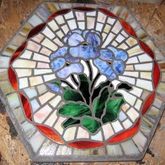 Mosaic Projects: Mosaic Stepping Stones ((Heirloom Stepping Stones: birth, memorial, wedding, graduation etc))