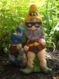 Superhero Garden Gnome Mod My Style Gnome Garden Gnomes Goosebumps Costume, Make Your Own Superhero, Art Beauté, Gnome Tutorial, Gnome Garden, Garden Kids, Garden Accessories, Curb Appeal, Craft Projects