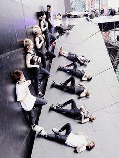 exo - my lady ; the lost planet. Baekhyun Chanyeol, Park Chanyeol, Exo 12, Kim Minseok, Xiuchen, Exo Korean, Fandom, Kpop Exo, Kris Wu