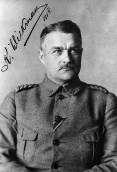 Ensimmäisessä maailmansodassa Venäjän armeijassa palvellut eversti Karl Wilkman (myöhemmin Wilkama) (1876-1947). Johti Jämsän valkoisten ryhmää Länkipohjan taisteluissa ja osallistui Tampereen valtaukseen. Myöhemmin hän toimi Suomen sotajoukkojen ylipäällikkönä sekä ensimmäisenä puolustusvoimain komentajana nimikkeillä Suomen armeijan päällikkö ja sotaväen päällikkö.