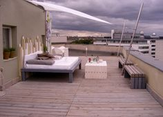 Lounge terrace as in a boutique hotel - pure relaxation in your own home # Outdoor Bedroom, Outdoor Daybed, Outdoor Living, Outdoor Decor, Roof Terrace Design, Patio Design, Rooftop Design, Coolaroo Shade Sail, Front Flower Beds