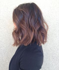 Lighten up your lob with a sombre (soft ombre) like this one by stylist Geraldo. #AvedaColor