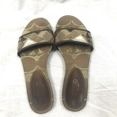 Coach Slides Sandals Shoes Brown Casual Ladies Pre-owned Size 7 1/2 B #Coach #Slides #WalkingHiking