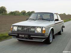 Volvo 242 GT.
