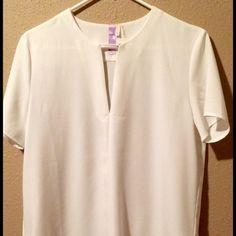 Alya top V-neck with snap across the collar. Like new, worn once. Francesca's Collections Tops